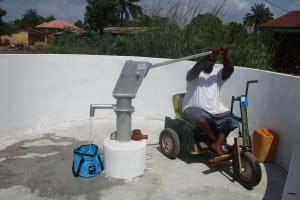 The Water Project: Lungi, Rotifunk, 22 Kasongha Road -  Chair Tests The New Well