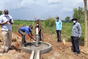 The Water Project: Alero B Community -  Well Commissioning Ceremony
