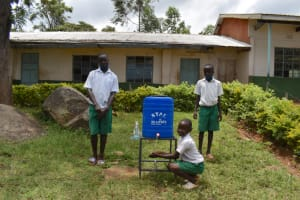 The Water Project: Galona Primary School -  Using A New Handwashing Station