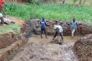 The Water Project: Shamoni Community, Shatuma Spring -  Excavation