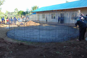 The Water Project: Saosi Primary School -  Wire Wall Setting