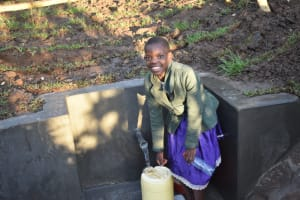 The Water Project: Khaunga A Community, Murutu Spring -  Happy Collecting Water