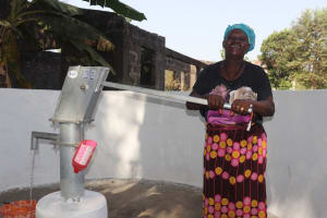 The Water Project: Rosint Community, #24 Poultry St -  Pumping The Well