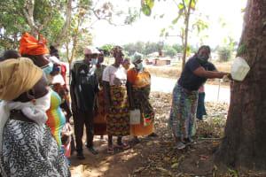 The Water Project: Kamasondo, Borope Village, Main Motor Rd. Junction -  Handwashing Demonstration With Tippy Tap
