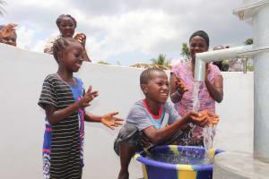 The Water Project: Kamasondo, Robombeh Village, Next to Mosque -  Kids Celebrate