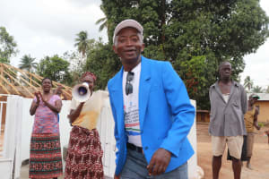 The Water Project: Kamasondo, Robombeh Village, Next to Mosque -  Ward Councilor Abdul S Bangura Celebrating The Well