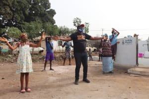 The Water Project: Lungi, Rotifunk, Paramount Chief's Compound -  Singing At The Dedication