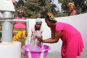 The Water Project: Lungi, Rotifunk, Paramount Chief's Compound -  Splashing The Water