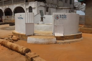 The Water Project: Lungi, Yongoroo, #7 Kamara Taylor Street -  Finished Well