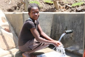 The Water Project: Malekha Central Community, Misiko Spring -  Enjoying The Flowing Water