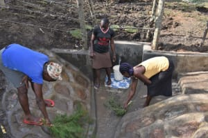 The Water Project: Malekha Central Community, Misiko Spring -  Site Cleaning