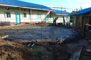 The Water Project: Mwembe Primary School -  Wall Reinforcement