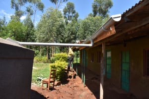 The Water Project: Itieng'ere Primary School -  Guttering