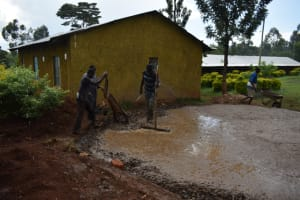 The Water Project: Itieng'ere Primary School -  Concrete Placement
