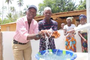 The Water Project: Kamasondo, Masinneh Village -  Ward Councilor And Village Headman Celebrate