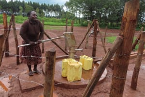 The Water Project: Marongo-Kahembe Community -  Collecting Water At The Well
