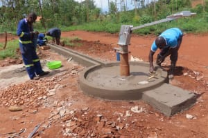 The Water Project: Marongo-Kahembe Community -  Well Apron Construction