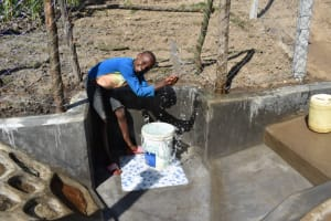 The Water Project: Shianda Community, Akhonya Spring -  All Smiles At The Waterpoint