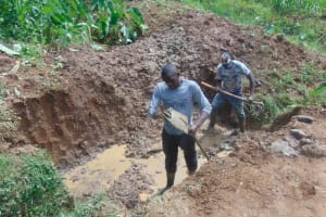 The Water Project: Shisasari Itumbu Community, Mathias Juma Spring -  Excavation