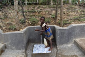 The Water Project: Shikokhwe Community, Mulika Spring -  Glasses High