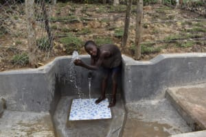 The Water Project: Shikokhwe Community, Mulika Spring -  Philip S Splashing Water