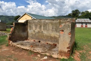 The Water Project: Friends Ikoli Primary School -  Boys Urinal Pit