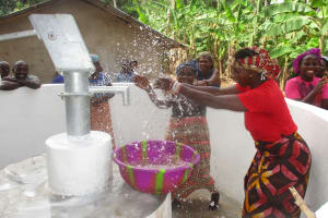 The Water Project: Kamasondo, Masome Village -  Big Splashes At The Well