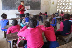 The Water Project: St. Peter Roman Catholic Primary School -  Students Listen To The Training