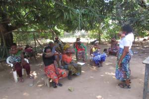 The Water Project: Lungi, Yongoroo, 32 Gbainty Bunlor -  Hygiene Training