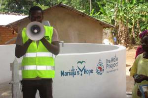 The Water Project: Kamasondo, Masome Village -  Mr Osman Fofanah Mowr Rep