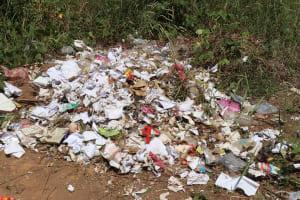 The Water Project: Lungi, Masoila, Lower Kamara St Mosque -  Garbage