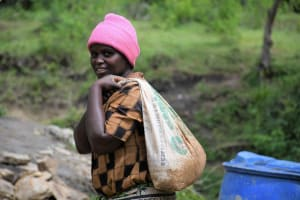 The Water Project: Yumbani Community C -  Carrying Materials