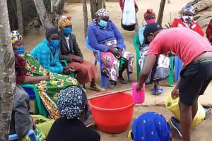 The Water Project: Yumbani Community C -  Detergent Making