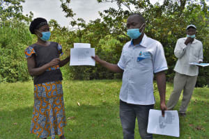 The Water Project: Luyeshe North Community, Reuben Endeche Spring -  Charts Used In Training