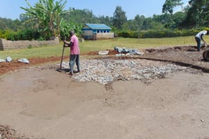 The Water Project: Friends Mudindi Village Primary School -  Concrete Placement