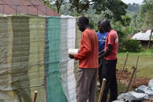 The Water Project: Friends Mudindi Village Primary School -  Sack Placing