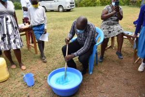 The Water Project: Friends Mudindi Village Primary School -  Soapmaking