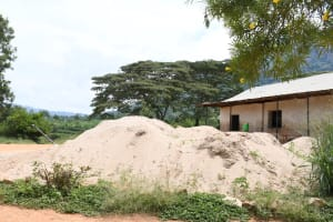 The Water Project: Mbiuni Primary School -  Sand