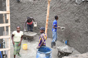 The Water Project: Mbiuni Primary School -  Cement Walls