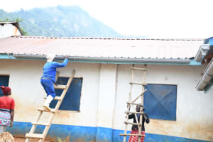 The Water Project: Mbiuni Primary School -  Gutters