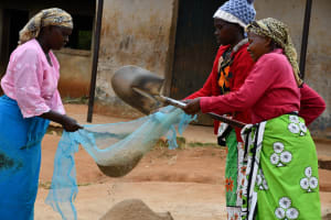 The Water Project: Mbiuni Primary School -  Helping