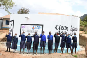 The Water Project: Mbiuni Primary School -  Thumbs Up