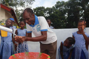 The Water Project: Shepherd Foundation, New Apostolic Church and Primary School -  Joyful Teacher