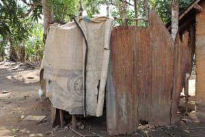 The Water Project: Kamasondo, Mayeamy Village -  Bath Shelter