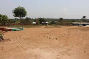 The Water Project: Lungi, Rogbom Tardi, International High School -  School Landscape