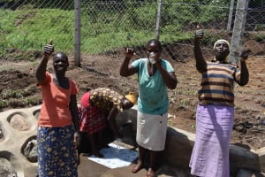 The Water Project: Shamoni Community, Shiundu Spring -  Tastes Good