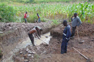 The Water Project: Lunyinya Community, Makunga Spring -  Excavation