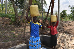 The Water Project: Lunyinya Community, Makunga Spring -  Women Happy For Water