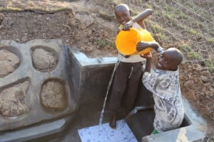 The Water Project: Makunga Community, Tabarachi Spring -  Clean Water
