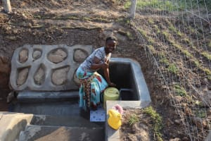 The Water Project: Makunga Community, Tabarachi Spring -  Community Approves